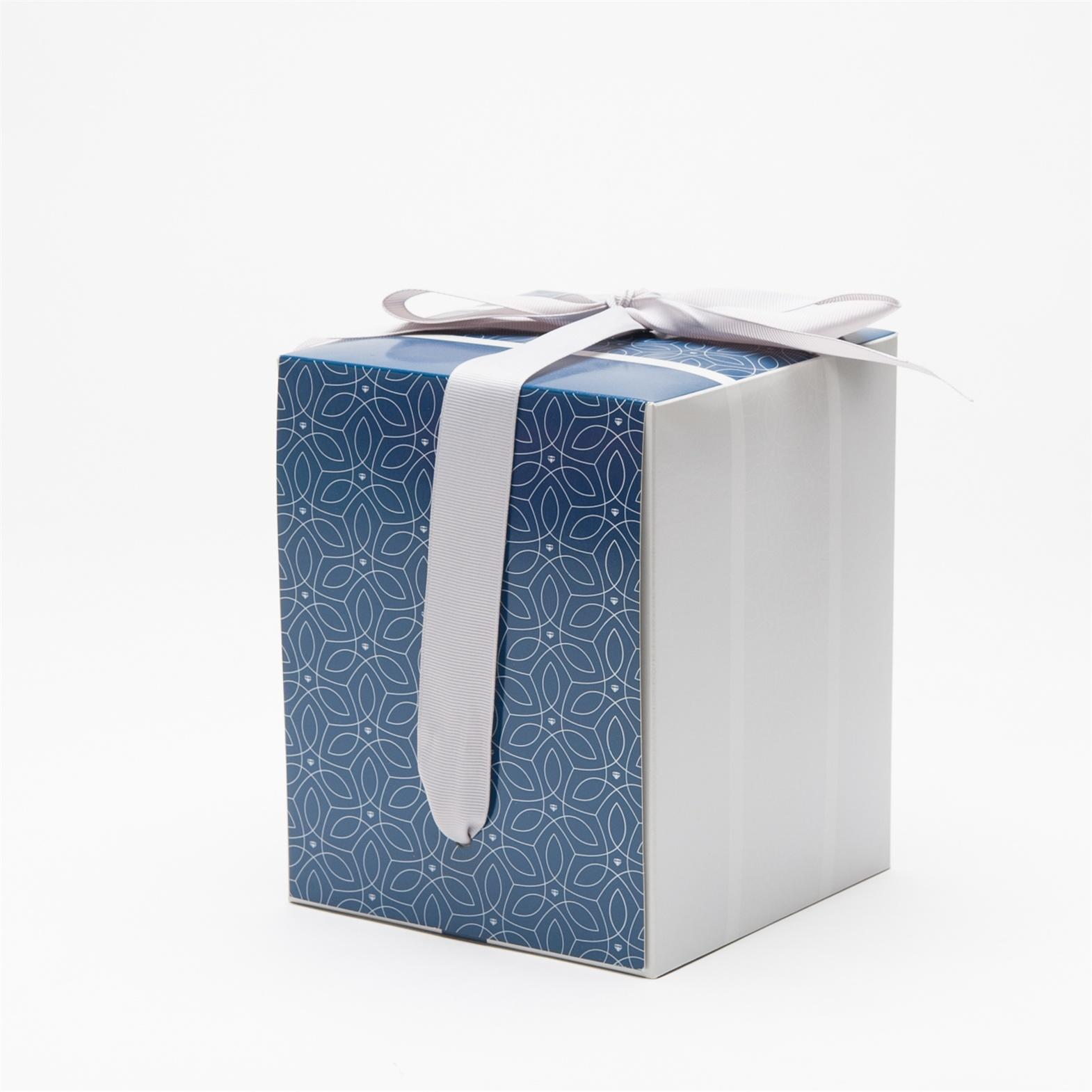 Factory Directly Wholesale Custom Gift Box