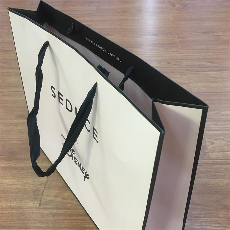 Wholesale Cheap Price Luxury Famous Brand Gift Custom Printed Shopping Paper Bag