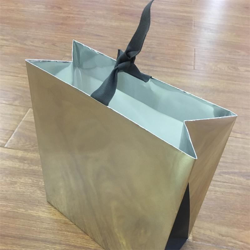 Wholesale Fashion Custom Boutique Clothes Shopping Gift Packaging Special Paper Bag