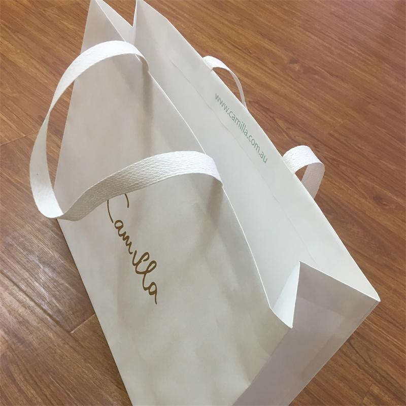 Luxury Paper bag Kraft paper New style Paper Handle