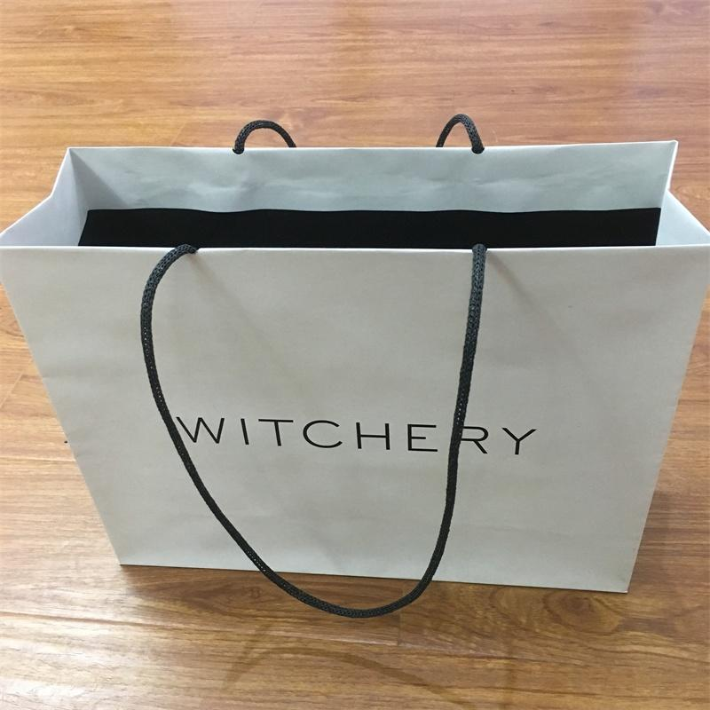 Wholesale Kraft Shopping Paper Bag With Custom Logo With Paper Handle